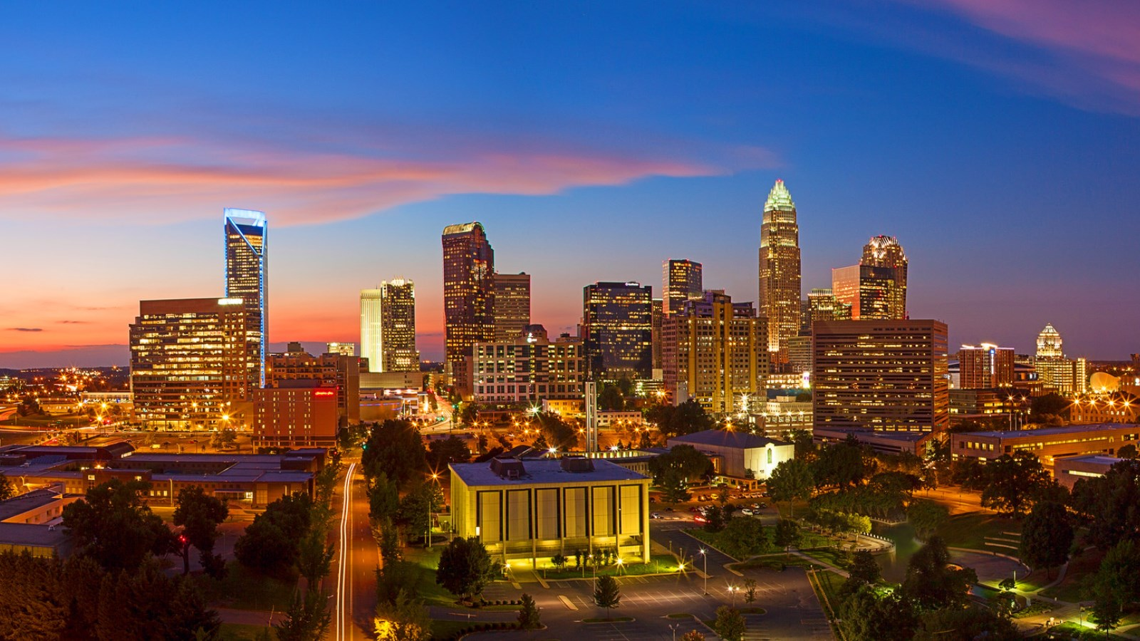 Things To Do In Charlotte - Skyline Views